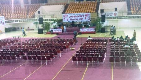 Menyambut Kedatangan Jokowi Natal Bersama di Papua