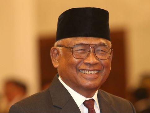Taufiequrachman Ruky : DEMOKRASI dan KORUPSI