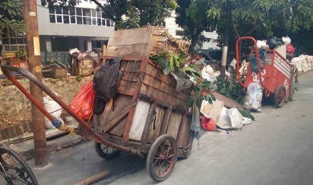 gerobak sampah2