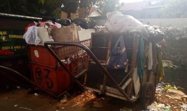 gerobak sampah4