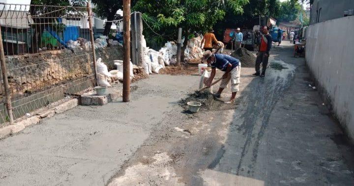 Giat Bersih RW 03 Kelurahan Paseban Dalam Rangka HUT ke-492 Kota Jakarta
